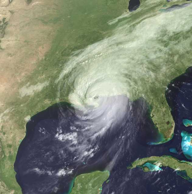 Hurricane Katrina making landfall in New Orleans Louisiana